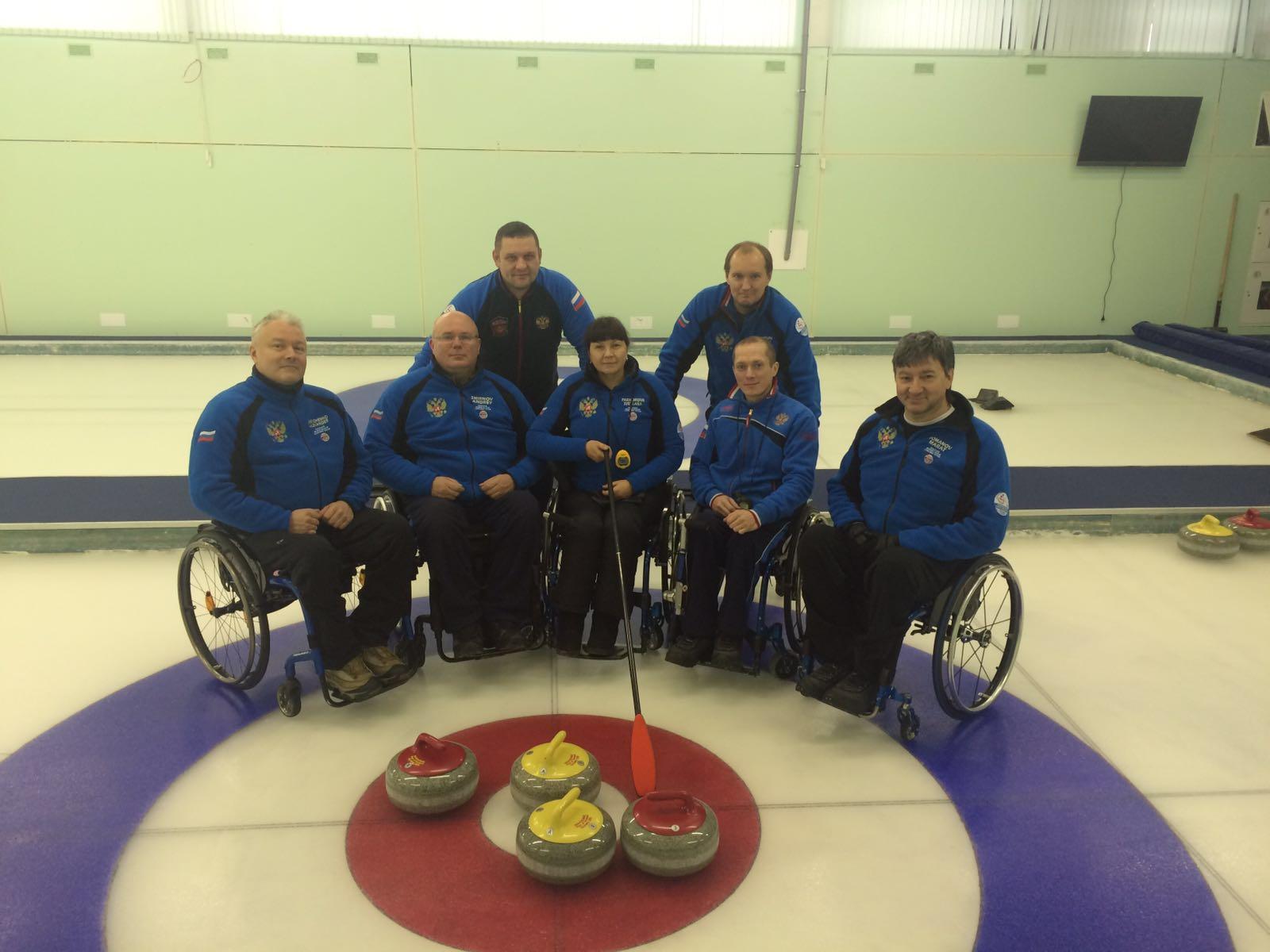Сборная команда России вылетела в Швейцарию для участия в чемпионате мира по керлингу на колясках