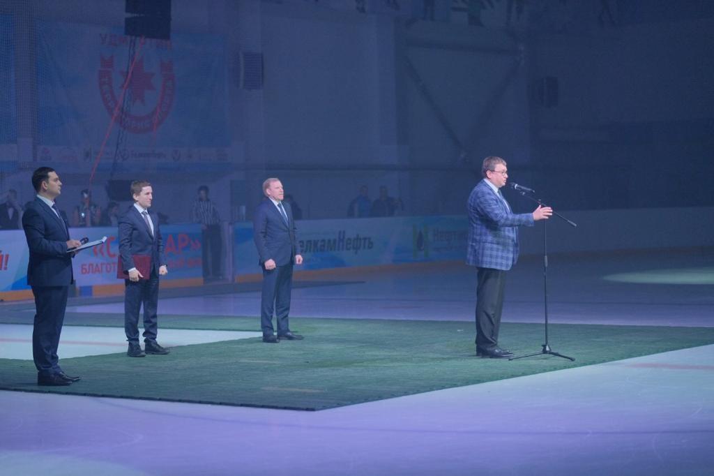 А.А. Строкин в г. Ижевске принял участие в церемонии открытия и просмотре соревнований международного турнира по следж-хоккею среди детско-юношеских команд «KALASHNIKOV CUP»