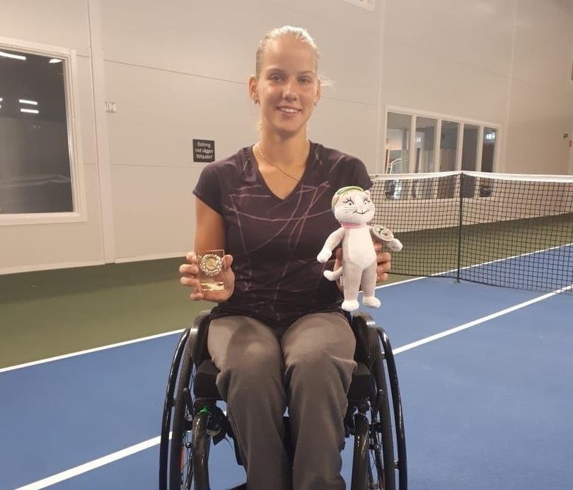 Подмосковная спортсменка Виктория Львова завоевала две золотые медали на международных соревнованиях по теннису на колясках в Швеции