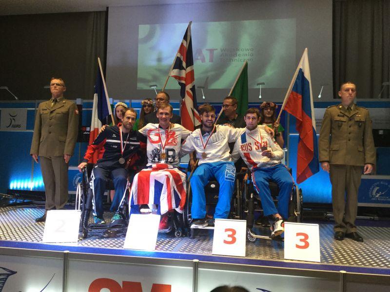 Сборная России по фехтованию на колясках подтвердила репутацию одного из лидеров, завоевав 11 медалей на Кубке мира в Польше