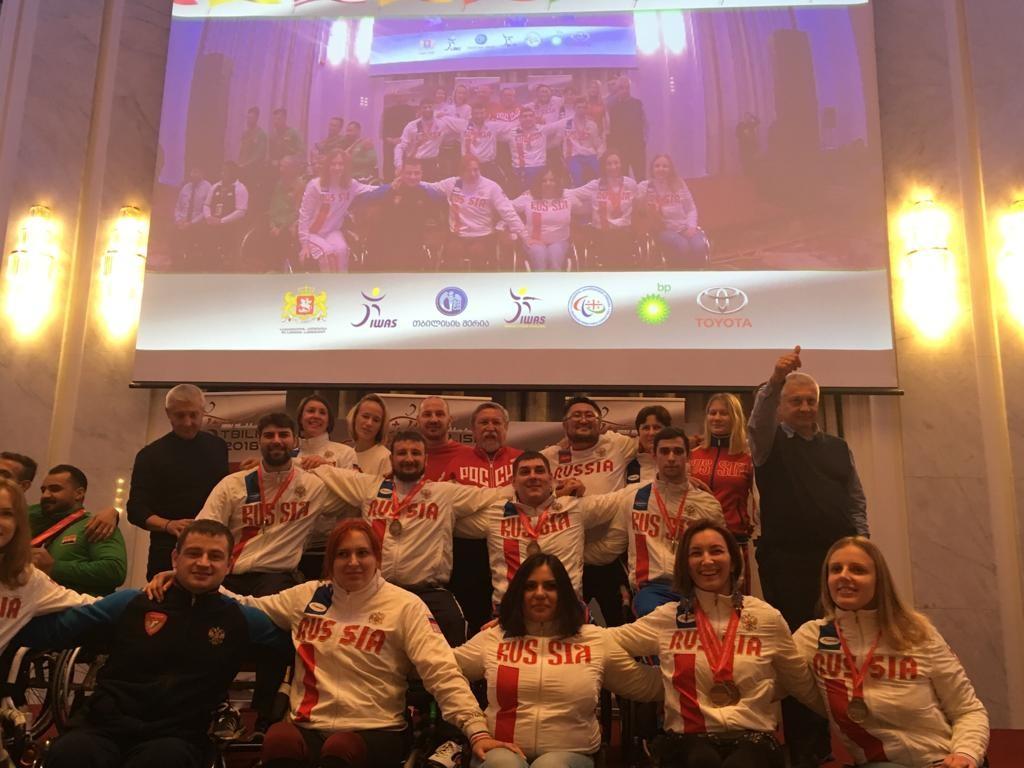 Сборная команда России по фехтованию на колясках завоевала 2 золотые, 4 серебряные и 6 бронзовых медалей на этапе Кубка мира в Грузии