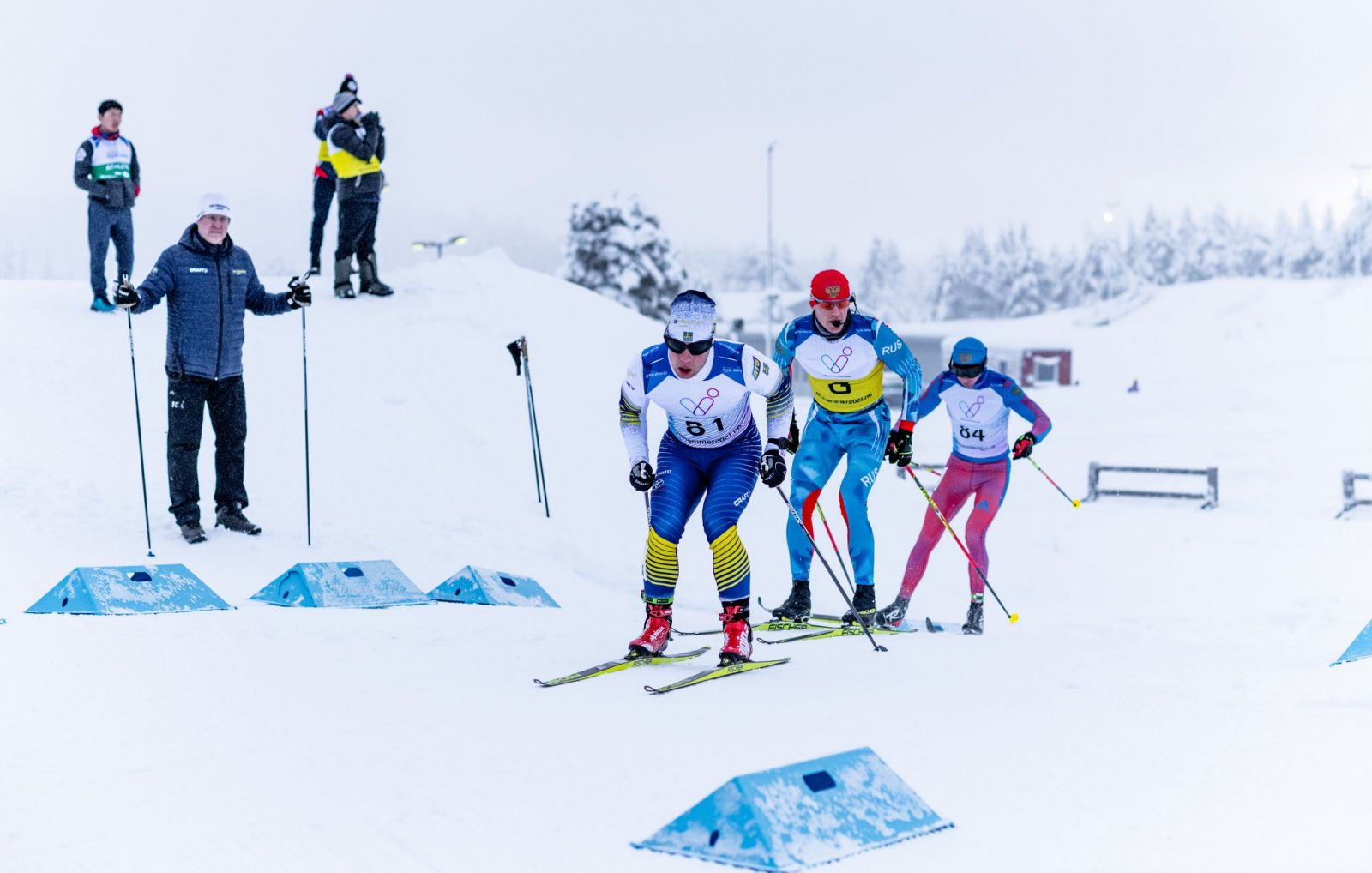 Сборная команда России завоевала 10 золотых и по 9 серебряных и бронзовых медалей за 4 дня первого этапа Кубка мира МПК по лыжным гонкам и биатлону