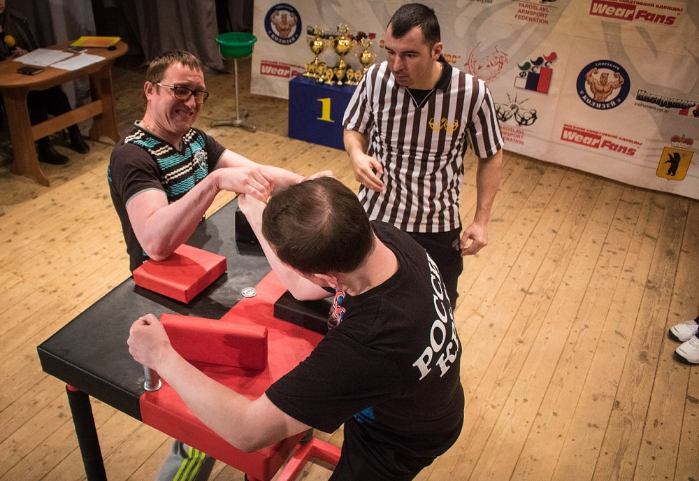 Около 70 спортсменов выйдут на старт чемпионата России по армрестлингу спорта слепых
