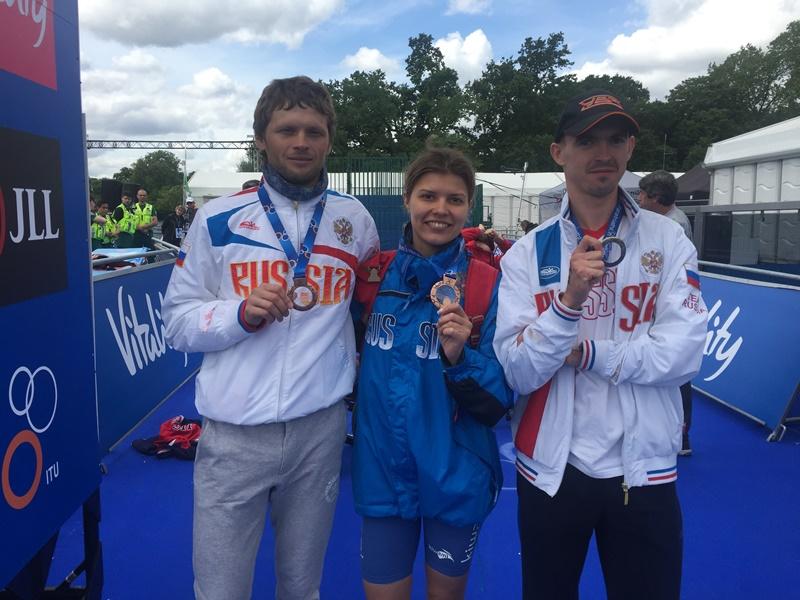 Россияне завоевали три награды на турнире Мировой серии по паратриатлону в Лондоне