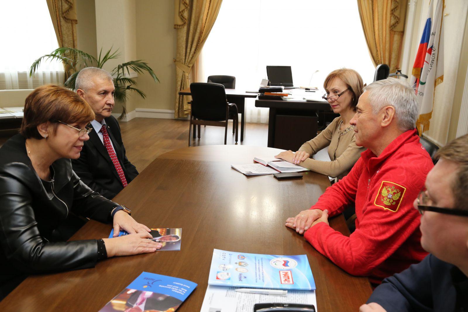 П.А. Рожков в офисе ПКР провел рабочую встречу с Е.Б. Белкиной и Х.Б. Исмаиловым
