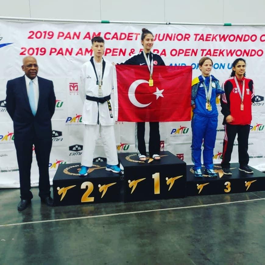 Краснодарская паратхэквондистка Анна Поддубская завоевала серебряную медаль на открытом чемпионате Америки
