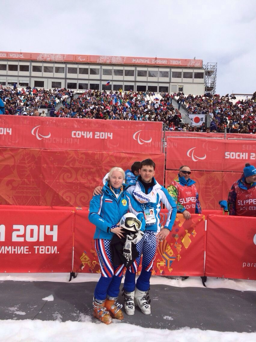 Горнолыжница с нарушением зрения А.В. Францева завоевала первую медаль на XI Паралимпийских зимних играх в  г. Сочи