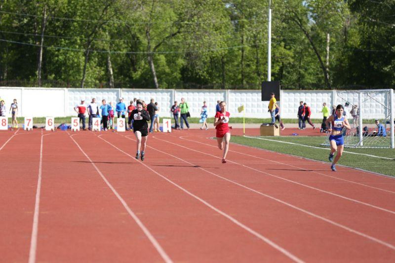 Представители 22 регионов России ведут борьбу за медали первенства России по легкой атлетике спорта слепых