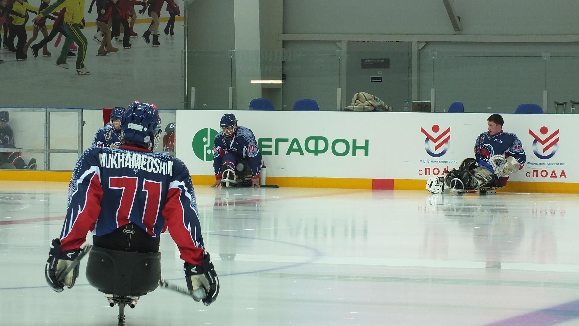 В г. Сочи (Краснодарский край) прошло торжественное открытие финального этапа чемпионата России по хоккею-следж