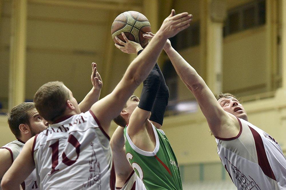 8 команд поведут борьбу за победу в 1 круге чемпионата России по баскетболу на колясках в Раменском