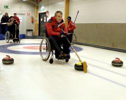 Две российские команды по керлингу заняли третьи места на международном турнире в Канаде