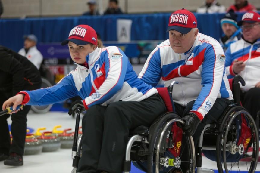 Сборная команда России по керлингу на колясках в 5-й день чемпионата мира уступила сборным Китая и Шотландии
