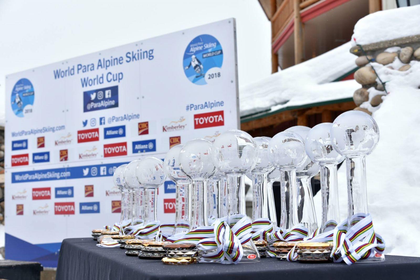 Алексей Бугаев и Мария Папулова вошли в тройки сильнейших по итогам общего зачета Кубка мира по горнолыжному спорту среди лиц с ПОДА и нарушением зрения