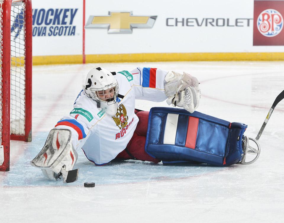 Сборная команда России по хоккею-следж принимает участие в международном турнире в Канаде
