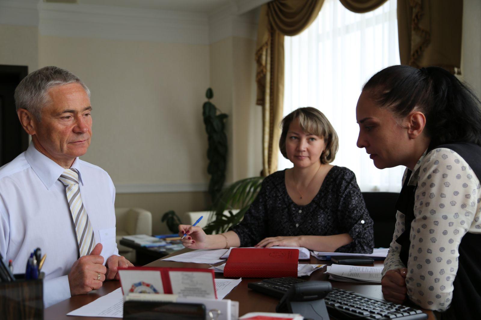 П.А. Рожков в офисе ПКР принял участие в селекторном совещании с президентом IWAS Руди Ван дель Аббеле и генеральным директором IWAS Шармейн Купер