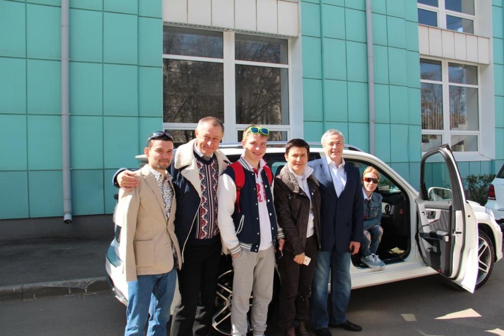 П.А. Рожков, А.А. Катушев и Майк Нольте поздравили чемпионов и призеров XI Паралимпийских зимних игр 2014 г. в г. Сочи с вручением автомобилей