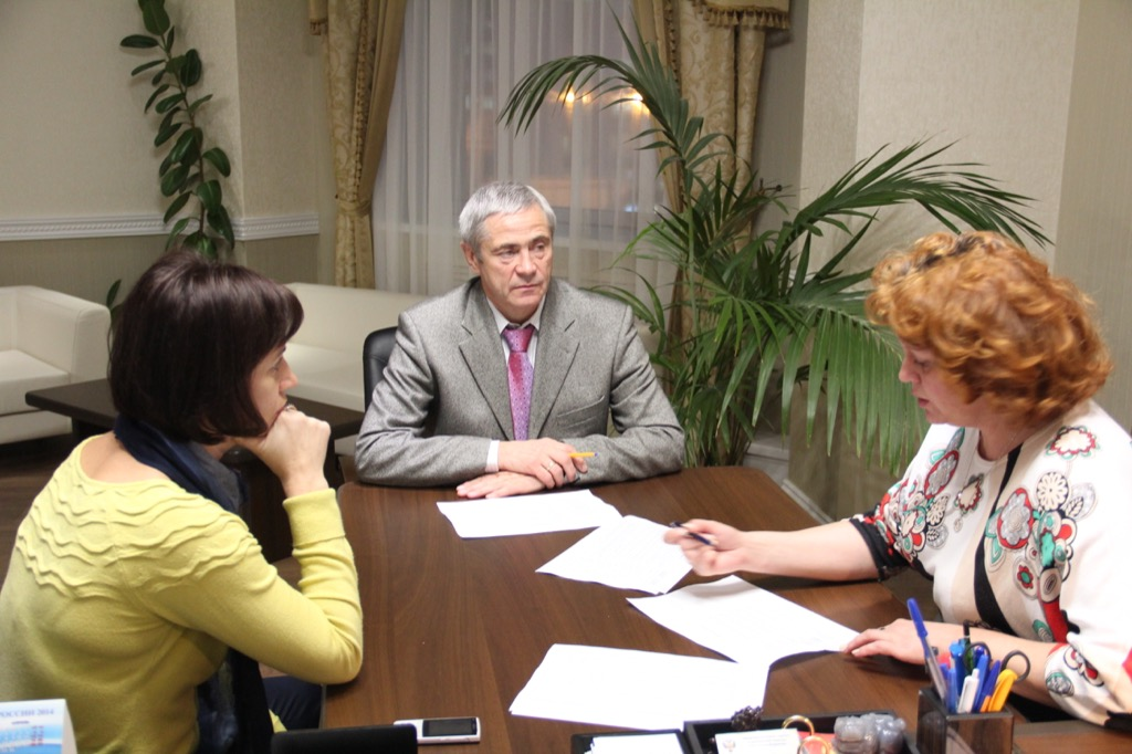 П.А. Рожков в офисе ПКР провел рабочую встречу с О.В. Семеновой и Л.И. Васильевой