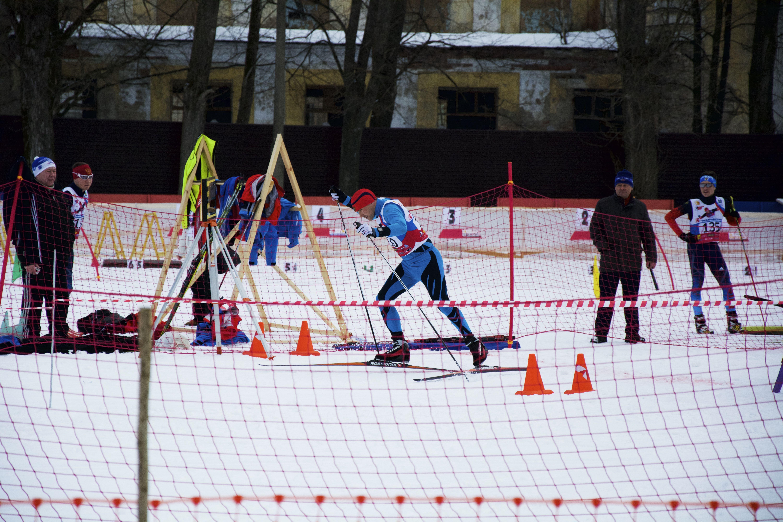 Сильнейшие лыжники и биатлонисты страны принимают участие в чемпионате России в подмосковном Пересвете