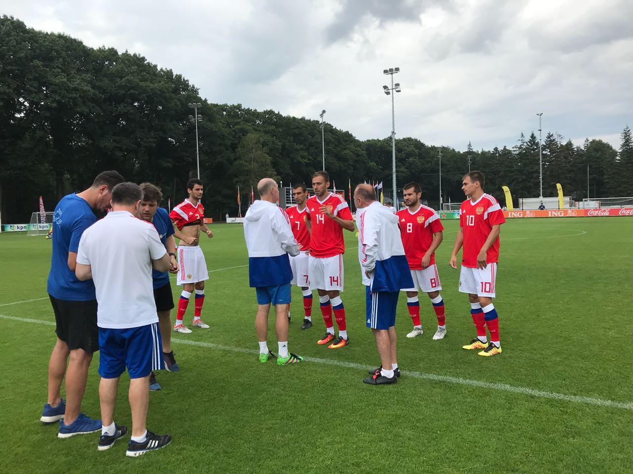 Сборная команда России выиграла у сборной Англии со счетом 1-0 во втором матче на чемпионате Европы по футболу 7х7 спорта лиц с заболеванием ЦП в Нидерландах