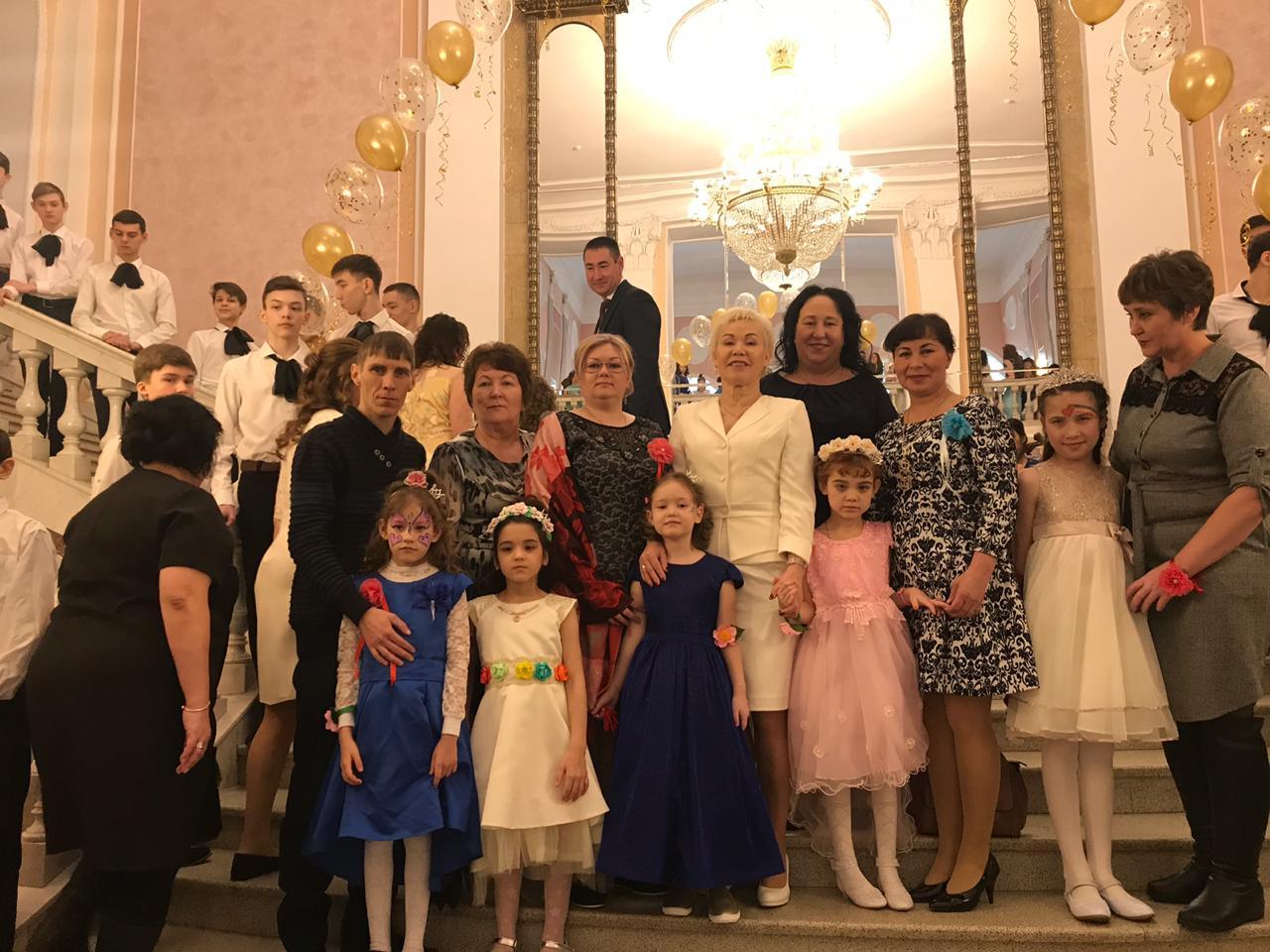 Вице-президент ПКР Р.А. Баталова в г. Уфе (Республика Башкортостан) приняла участие в Бале маленьких принцесс для особенных детей, организованном в честь Международного женского дня - 8 марта