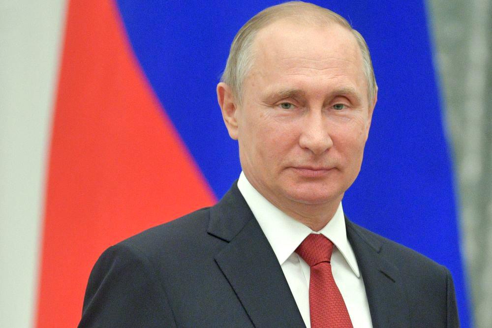 Президент РФ В.В. Путин поздравил физкультурников, спортсменов, работников сферы физической культуры и спорта с Днём физкультурника