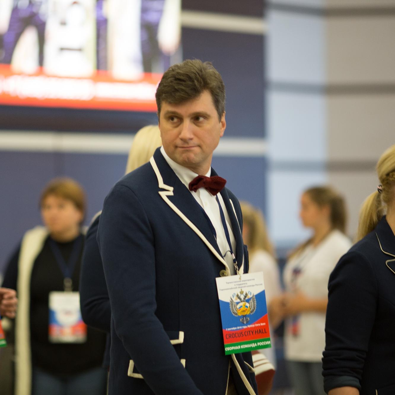 Старший тренер сборной команды России по волейболу сидя А.Н. Овсянников: На чемпионат Европы обе команды отправляются с хорошим настроением и большими надеждами побороться за первое место