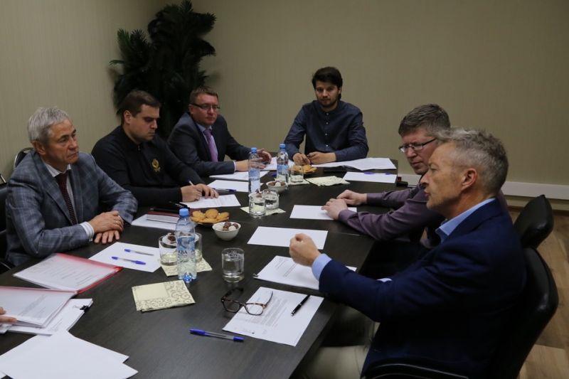П.А. Рожков провел рабочую встречу с экспертом ВАДА Питером-Ричардом Николсоном по вопросам доработки Положения ПКР по этике, конфликту интересов и борьбе с коррупцией, разрабатываемого в соответствии с Дорожной картой восстановления членства ПКР в МПК