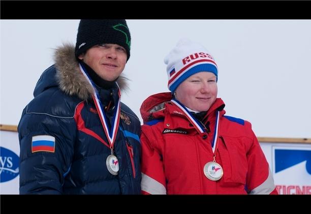 На Чемпионате мира по горнолыжному спорту среди спортсменов с поражением опорно-двигательного аппарата и нарушением зрения в Испании А. Францева завоевала  золотую медаль, И. Медведева-бронзовую