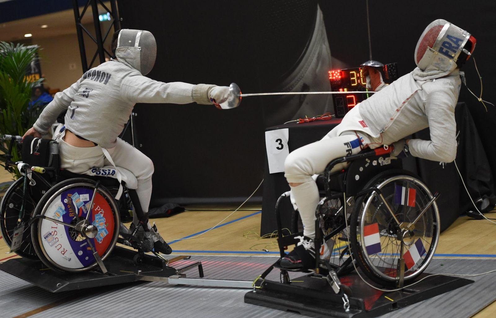 Сборная команда России по фехтованию на колясках завоевала 4 серебряные и 4 бронзовые медали на этапе Кубка мира в Нидерландах