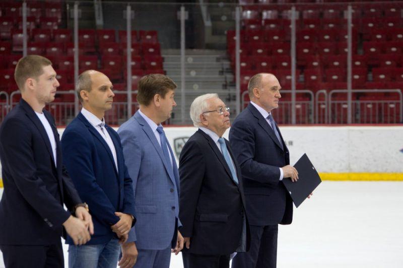 В.П. Лукин и П.А. Рожков в г. Челябинске приняли участие в презентации челябинской следж-хоккейной команды «Метеорит» и торжественном мероприятии по передаче спортивного инвентаря и оборудования
