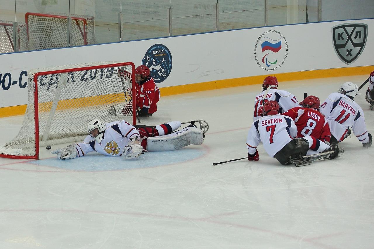 Команда Россия-1 - досрочный победитель международного турнира - Кубка Континента по хоккею-следж 2019