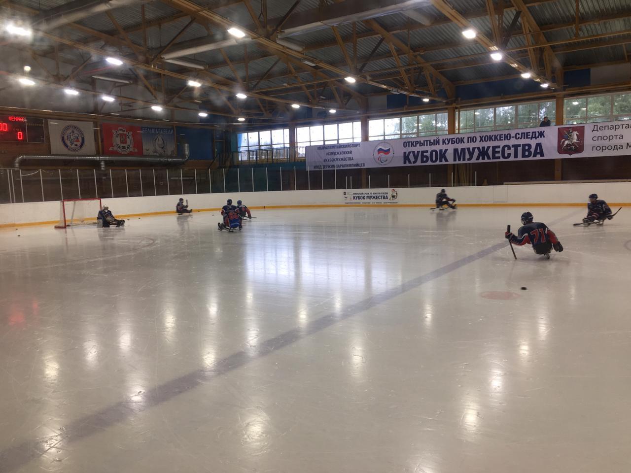 СХК «Удмуртия» и СХК «Феникс» одержали победы в четвертый день Открытого Кубка по хоккею-следж «Кубок Мужества»