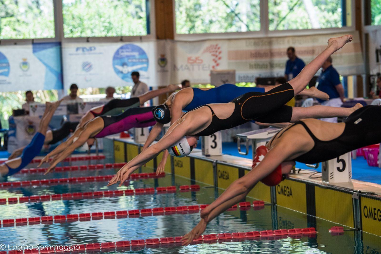Паралимпийская сборная по плаванию завоевала 5 золотых, 2 серебряные и 1 бронзовую медали на турнире мировой серии в Италии