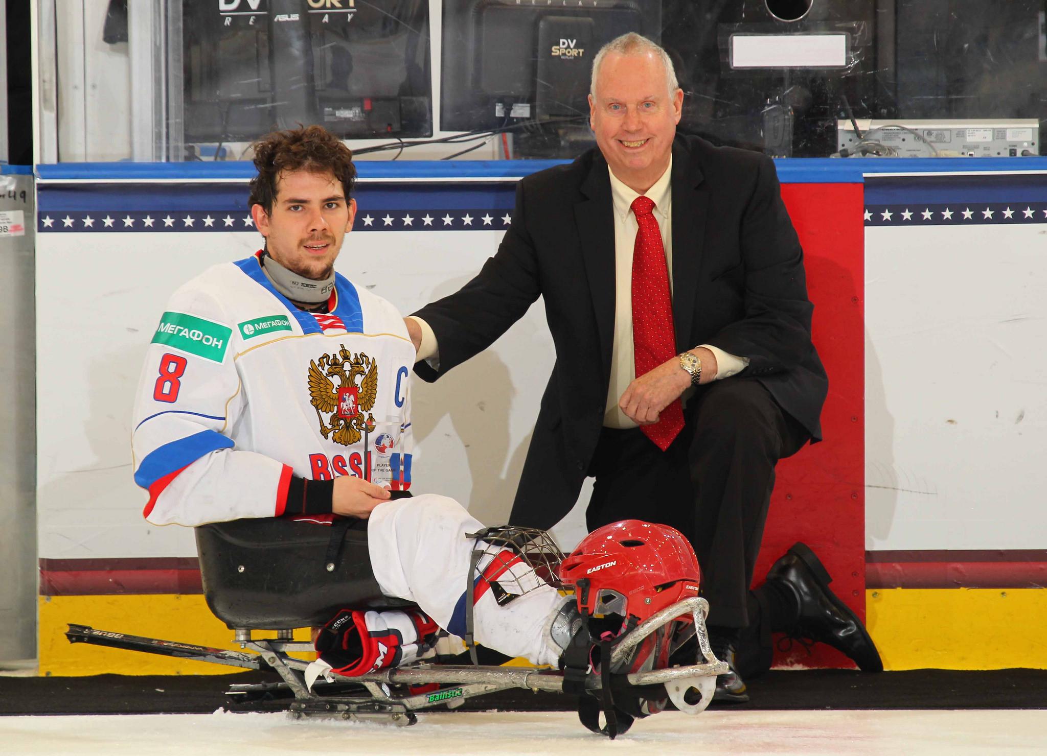 Капитан сборной команды России по хоккею-следж Дмитрий Лисов признан лучшим нападающим чемпионата мира в США