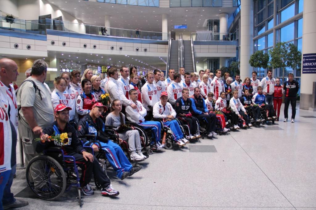 Российские паралимимпийцы триумфально выступили на чемпионате мира по плаванию в Глазго
