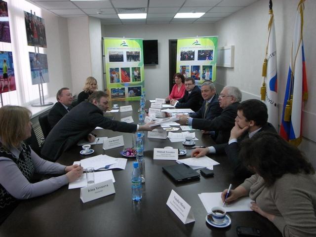 Посол  Великобритании в России Тим Бэрроу посетил офис ПКР