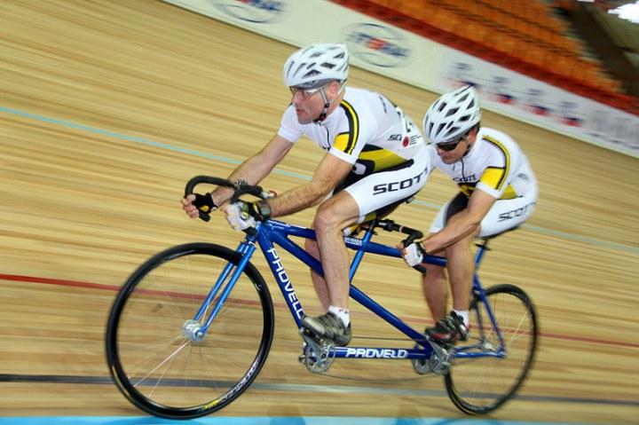 В Омске состоится чемпионат России по велоспорту-тандем на треке среди лиц с нарушением зрения