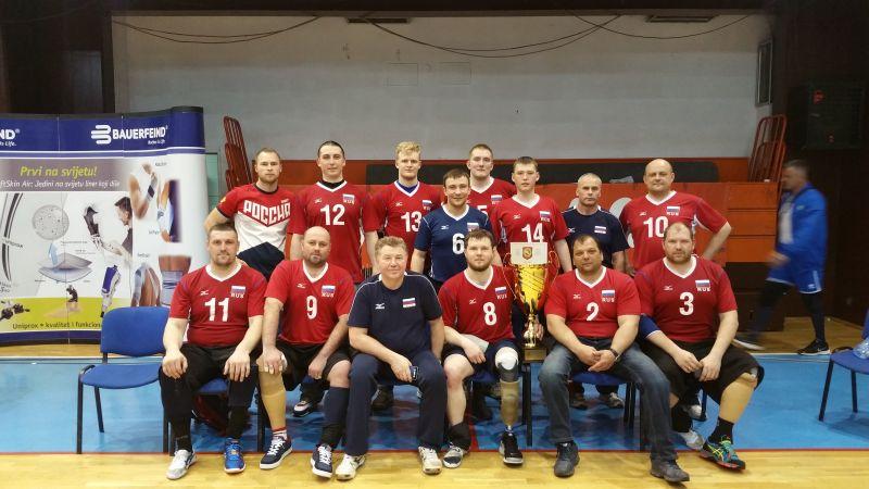 Мужская сборная команда России по волейболу сидя одержала 6 побед и заняла первое место на международном турнире в Боснии и Герцеговине