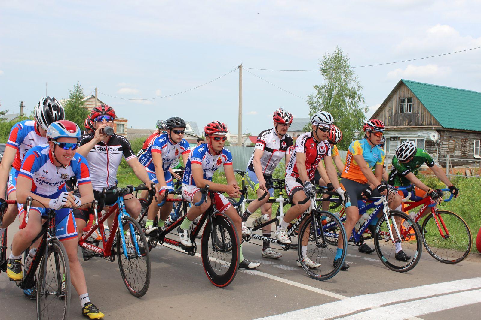 В Тамбовcкой области определены победители чемпионата России по велоспорту-тандем-шоссе среди лиц с нарушением зрения