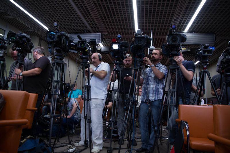 Паралимпийский комитет России поздравляет представителей СМИ, освещающих спортивные события, с Международным днем спортивного журналиста!