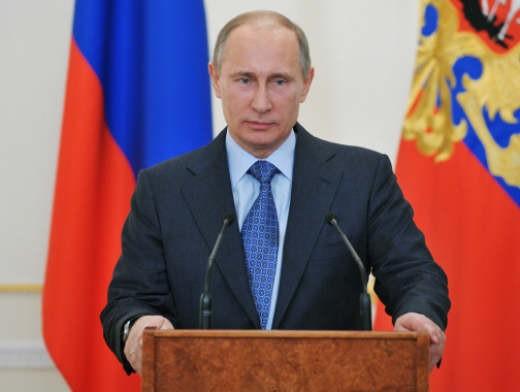 Президент России Владимир Путин поздравил сборную России по керлингу на колясках с серебряной медалью на Паралимпиаде в г. Сочи