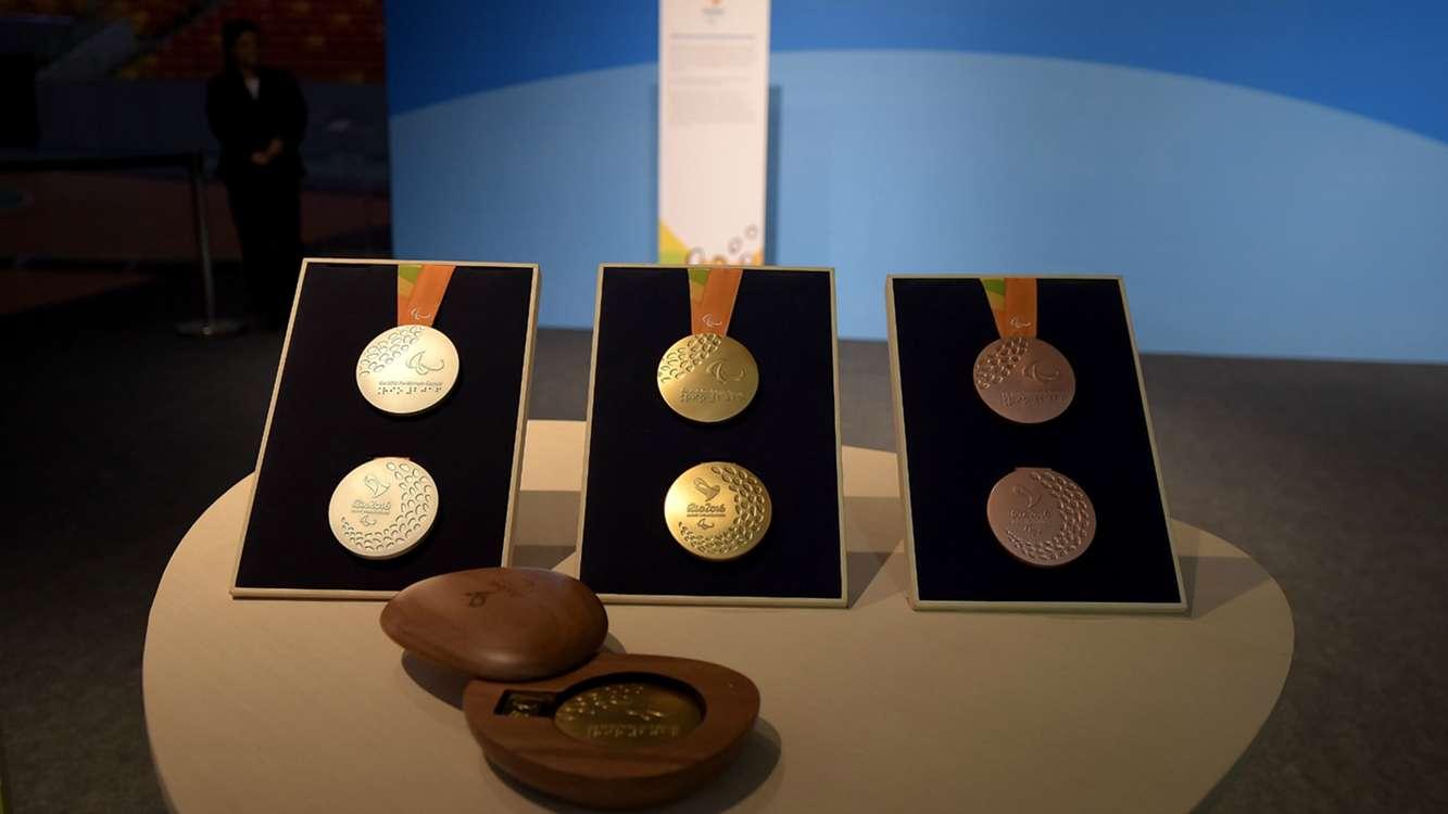 Оргкомитет Рио-2016 представил официальные медали XV Паралимпийских летних игр 2016 года в г. Рио-де-Жанейро (Бразилия)