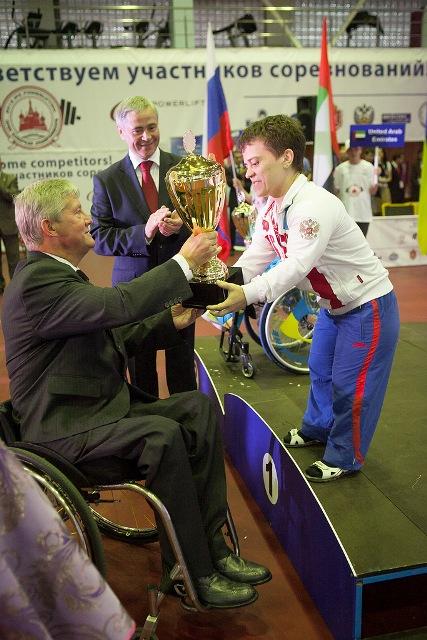 В пятый заключительный соревновательный день Открытого чемпионата и первенства Европы по пауэрлифтингу среди спортсменов с поражением опорно-двигательного аппарата российские спортсмены (мужчины, женщины) завоевали 2 золотые, 2 серебряные и 1 бронзовую ме