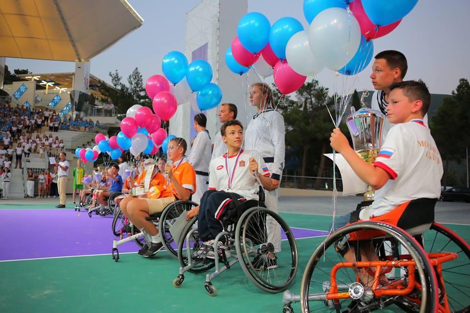 Алексей Шуклин и Гульфия Арсланова одержали по две победы на первенстве России по теннису на колясках в Крыму