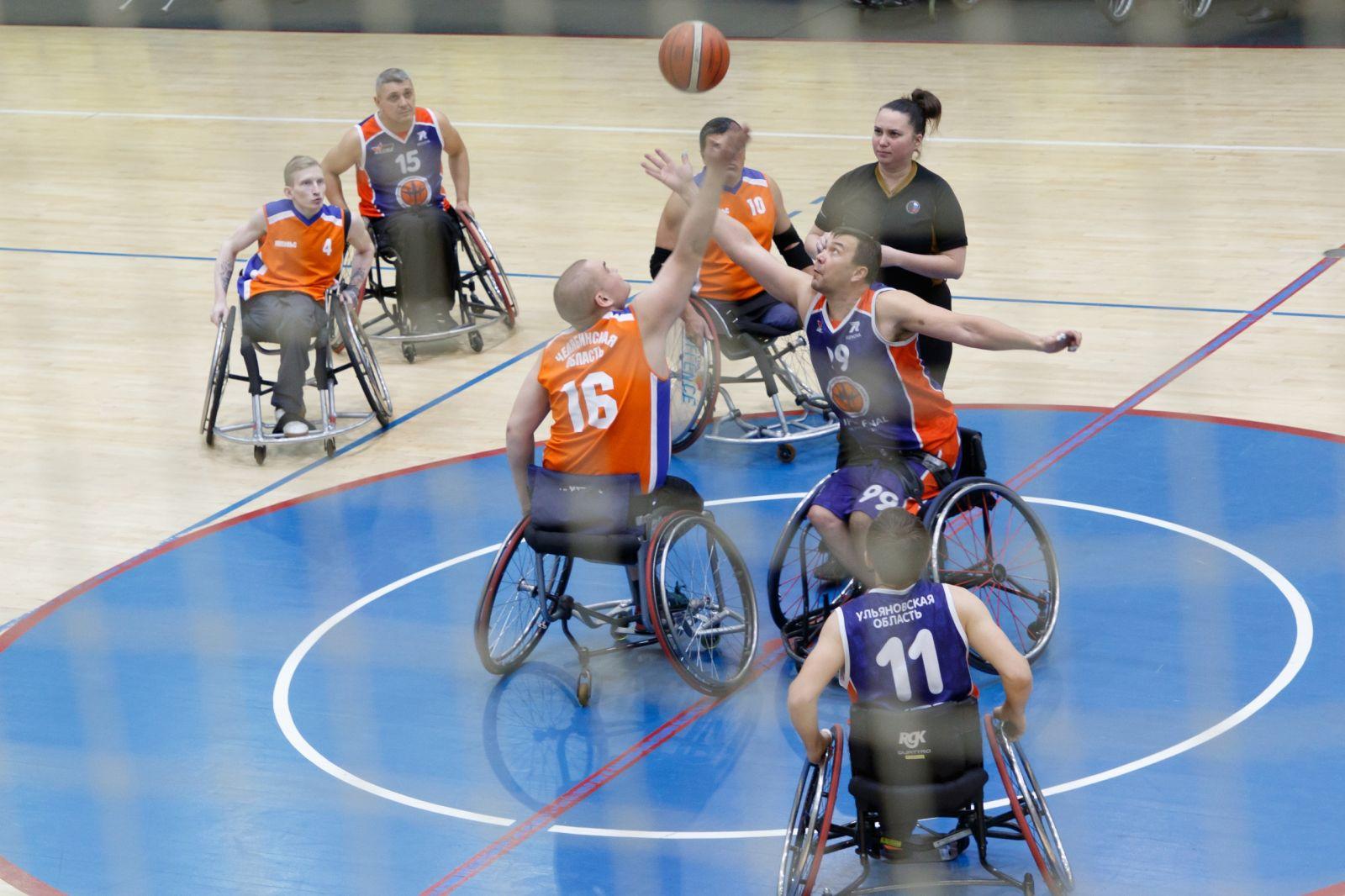 В Тульской области на РУТБ «Ока» стартовал 2 круг чемпионата России по баскетболу на колясках