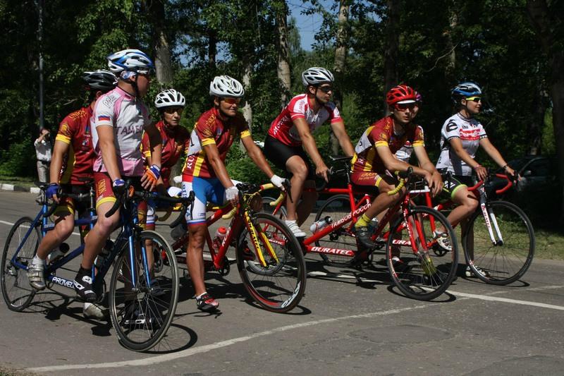 Два российских экипажа примут участие в Кубке мира по велоспорту на шоссе (спорт слепых) в Испании
