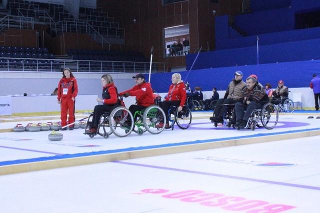 В г. Ижевске (Удмуртская Республика) стартовал второй круг чемпионата России по керлингу на колясках
