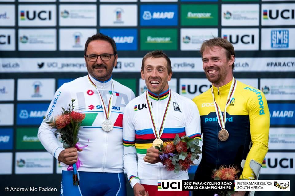 Сергей Семочкин завоевал золотую медаль, Светлана Мошкович стала серебряным призером в третий день чемпионата мира по велоспорту среди лиц с ПОДА в ЮАР