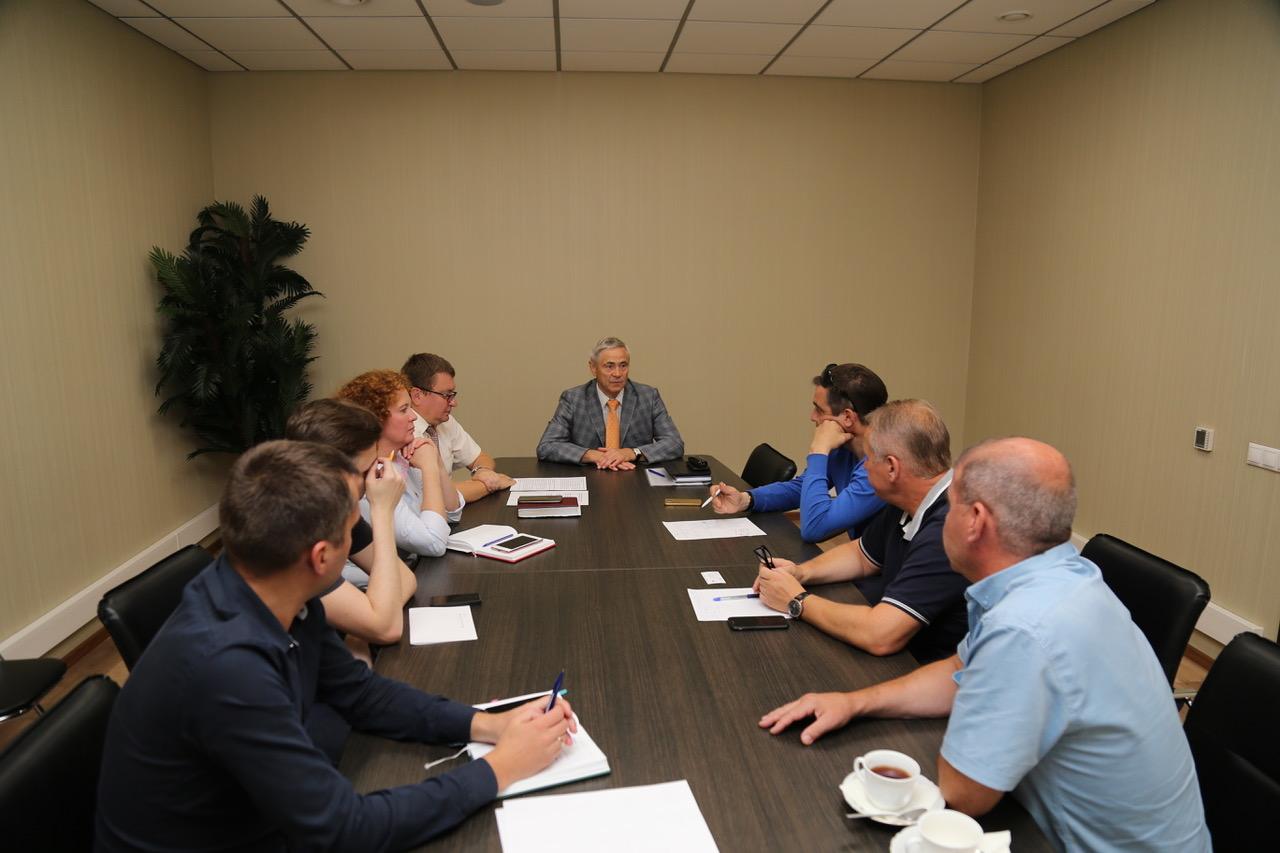 П.А. Рожков в офисе ПКР провел встречу с членами инициативной группы по развитию пара-каратэ Федерации Каратэ России