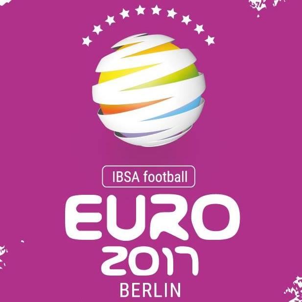 Сборная команда России по итогам трех матчей увеличила шансы на выход в полуфинал чемпионата Европы по мини-футболу В1 в Германии